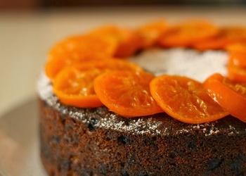 Klementīnu kūka ar sukāžu pildījumu