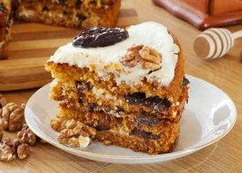 Kefīra mīklas medus kūka