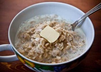 Piena zupa ar auzu pārslām