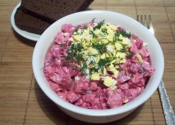 Biešu salāti ar siļķi