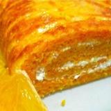 Burkānu-apelsīnu rulete ar biezpiena pildījumu