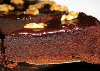 "Šokolādes kūka ""Melnīte"""