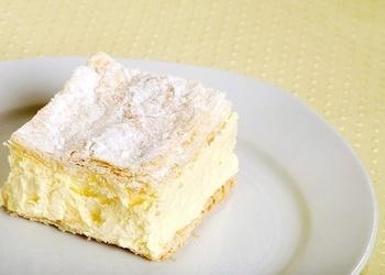 Biezpiena – mandeļu pīrāgs