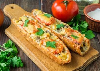 Bagete - laiviņa ar omleti