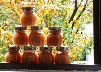 Cidoniju salāti ar medu