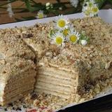 Skābā krējuma-cepumu torte