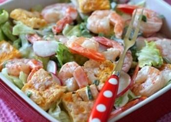 Garneļu salāti ar biezpiena sieru