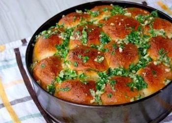 Pufīgās maizītes borščam