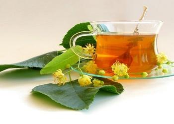 Liepziedu tēja ar medu