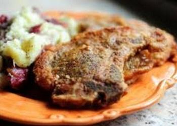 Cūkas gaļas šnicele ar ceptām baravikām