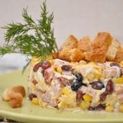Salāti ar ķiploku grauzdiņiem