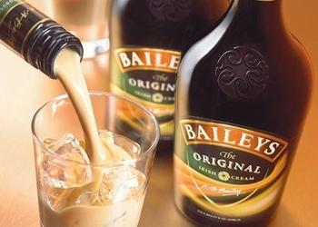 """Pašu gatavots """"Baileys"""" liķieris"""