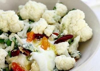 Svaigu ziedkāpostu salāti