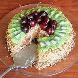 Prjaņiku torte ar skābo krējumu un augļiem