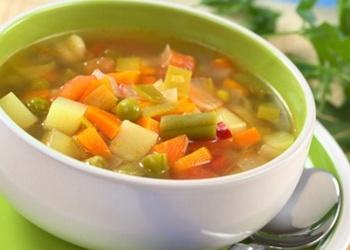 Dārzeņu zupa ar rīsiem
