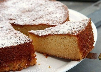 Viegli pagatavojama mandeļu kūka