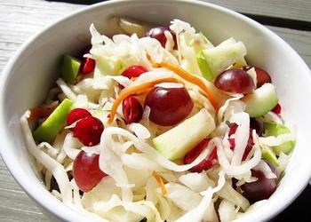 Skābētu kāpostu salāti ar āboliem