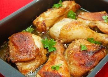Marinēta vistas gaļa grieķu gaumē