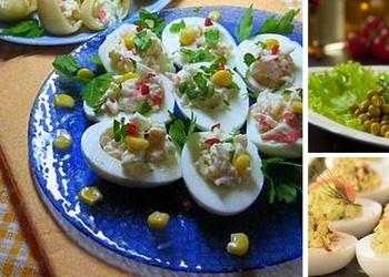 Pildītas olas ar siļķēm un ceptu gaļu