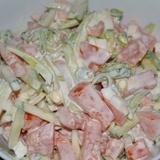 Tomātu salāti ar gurķiem un olu