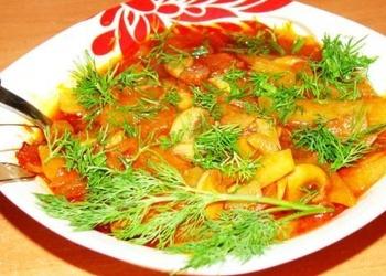 Šampinjonu sautējums ar kartupeļiem un dārzeņiem