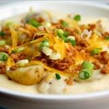 Kartupeļu zupa ar kausēto sieru