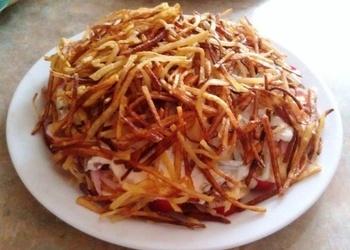 Ceptu kartupeļu kārtainie salāti