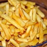 Krāsnī cepti frī kartupeļi