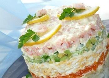 Garneļu salāti ar dārzeņiem