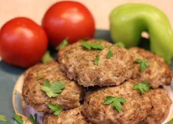 Gaļas-kartupeļu kotletes