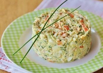 Krabju nūjiņu salāti ar gurķiem