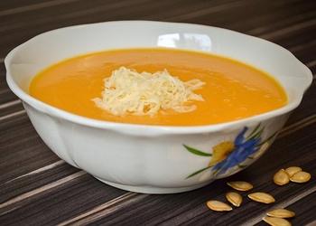 Burkānu zupa ar sieru