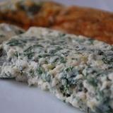 Omlete ar biezpienu un zaļumiem