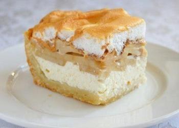 """Ābolu – biezpiena kūka """"Maigums"""""""