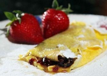 Putukrējuma omlete ar ievārījumu