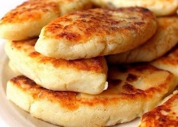 Картофельные пирожки с грибами