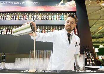 Trīs bezalkoholisko kokteiļu receptes vieglam vasaras vakaram