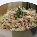 Šķiņķa salāti ar olu un papriku