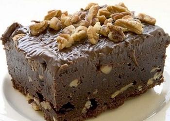 """Šokolādes – valriekstu kūka """"Braunijs"""""""