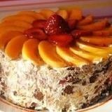 Neceptā biezpiena – augļu kūka
