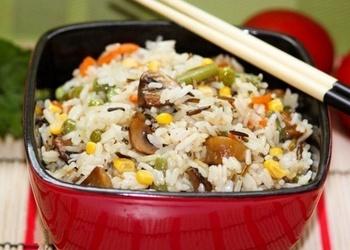 Gardie rīsi ar dārzeņiem un sēnēm