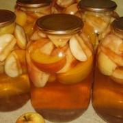 Svaigu ābolu kompots