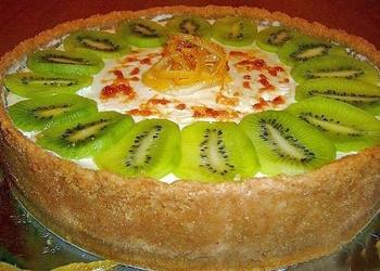 Citronu torte ar putukrējumu