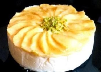 Mannas – ābolu kūka ar saldo krējumu