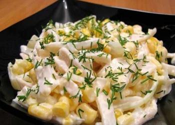 Kalmāru salāti ar kausēto sieru