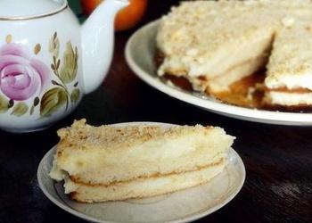 Medus torte ar olu krēmu