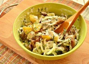 Kartupeļu salāti ar sēnēm