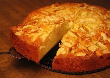 Ābolu kūka ar kanēli