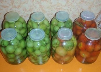 Gardie marinētie tomāti