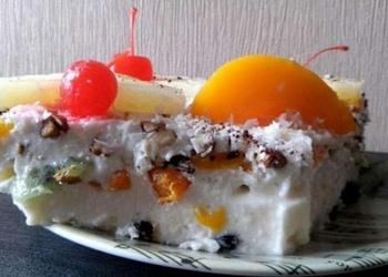 Biezpiena – augļu kūka
